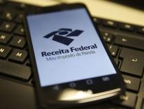 Receita paga hoje as restituições do primeiro lote do IRPF 2020